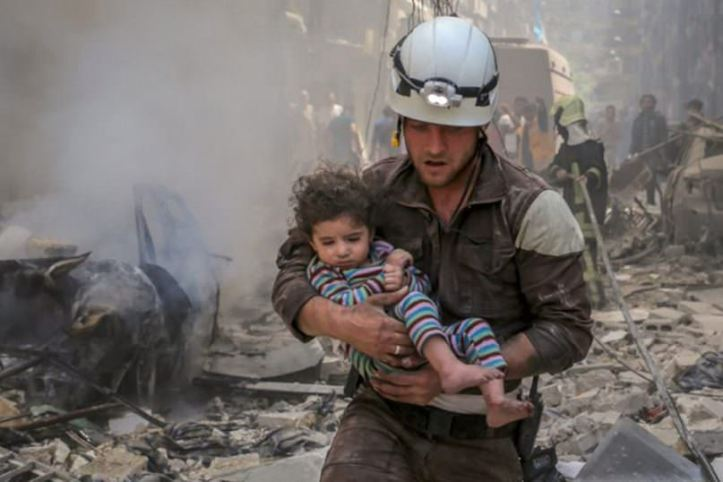 white-helmets-ft-article-header-807x538